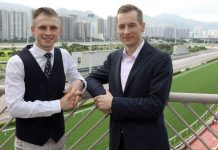 Lyle Hewitson and Blake Shinn (HKJC).