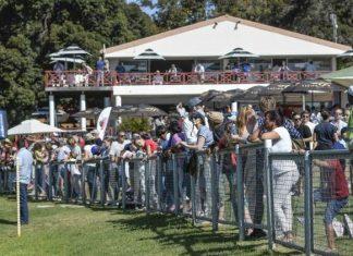 Crowd at Durbanville.