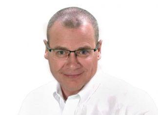 Neil Andrews.